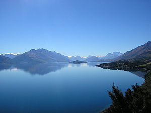 Lake Wakatipu - View of Lake Wakatipu from the Queenstown-Glenorchy Road