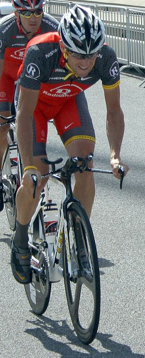 Lance Armstrong training for the prologue of t...