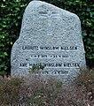 Lauritz Winsløw Nielsen (gravestone).jpg