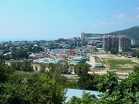 Lazarevskoe view from mount 1.jpg