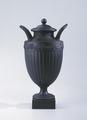 Ler- och stengods. Urna med lock. Svart - Hallwylska museet - 89086.tif