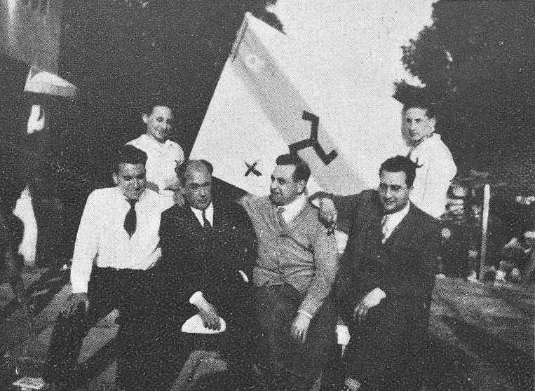 Lesteiro, Claudio Losada, Álvaro das Casas e Filgueira Valverde cos Ultreya en Noia 1932