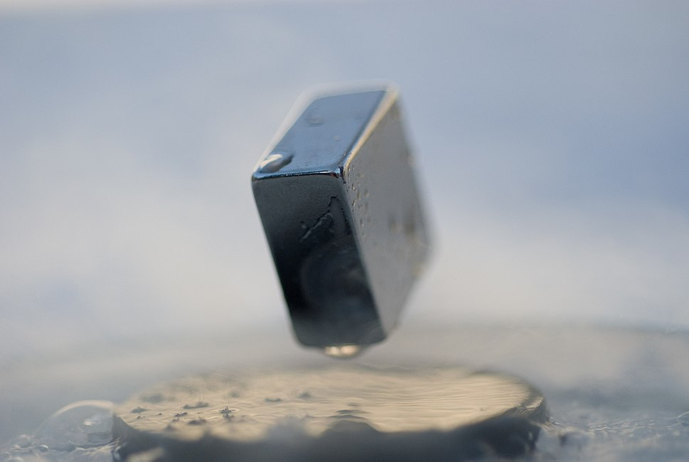 Levitation of a magnet on top of a superconductor 2