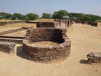 Architecture of India - Image: Lothal (1)