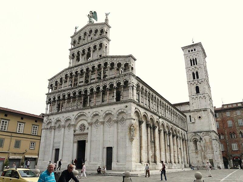 File:Lucca-chiesa di san michele in foro-complesso2.jpg