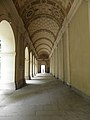 Lyon (69) Palais Saint-Pierre Cloître 01.JPG