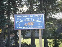 Lyons welcome sign