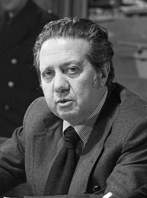 Mário Soares - Mário Soares, 1975