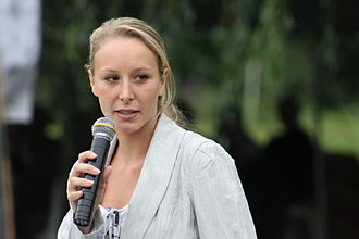 Marion Maréchal-Le Pen - Marion Maréchal-Le Pen speaks during a meeting on 1 September 2012 in Livré-la-Touche, Mayenne.