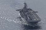 MV-22B Osprey flies over Sydney Harbour 25.jpg