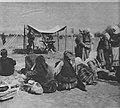 M 102 14 serbes blessés et une ambulance anglaise.jpg