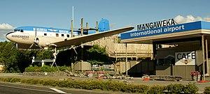 Mangaweka - Mangaweka's iconic DC-3