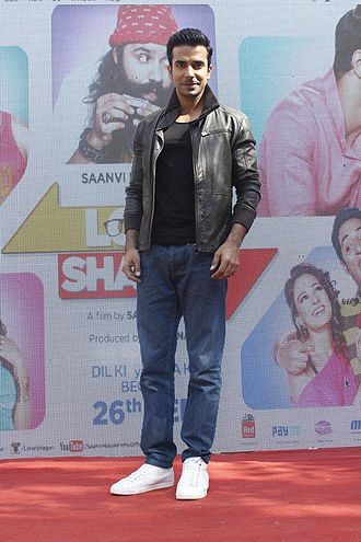 Manit Joura - Manit Joura at a promotional event for Love Shagun in 2016