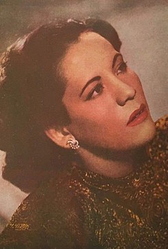 María Luisa Landín on the cover of Melodías mexicanas.jpg