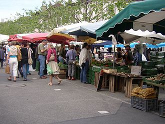 Carouge - Market in Carouge