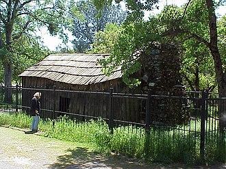 California Historical Landmarks in Tuolumne County, California - Image: Mark Twain Cabin Exterior MVC 082X