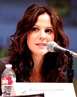 Mary-Louise Parker Comic-Con 2010.jpg