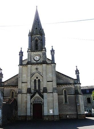 Mauzé-Thouarsais - The church in Mauzé-Thouarsais