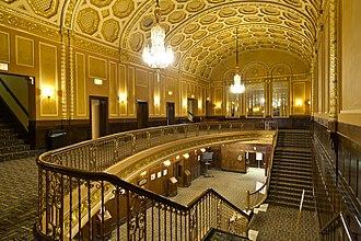 Michigan Theater (Ann Arbor, Michigan) - Image: Michigan Theater Upstairs lobby 2