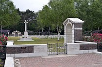 Mierlo-War-Cemetery-entrance.jpg