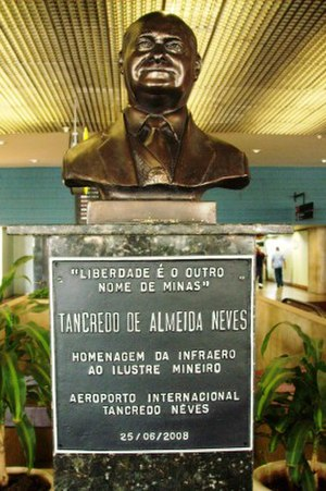 Tancredo Neves - Monument in tribute to Tancredo Neves.