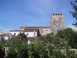 Mornac-Eglise-2002.JPG