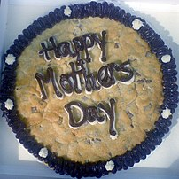 A celebratory Mother's Day cookie cake.