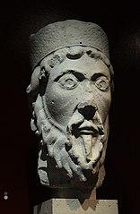 Tête de statue-colonne : Moïse