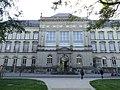 Museum für Kunst und Gewerbe Hamburg, Außenfassade, 2015.jpg