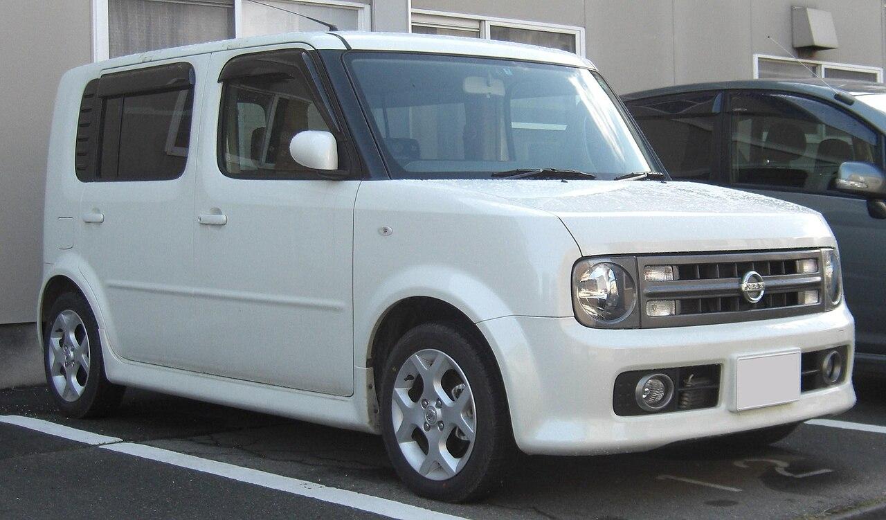 Toyota toyota cube : File:NISSAN cube3 R series.jpg - Wikimedia Commons