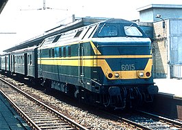 NMBS-locomotief 6015 in 1975 te Station Mechelen