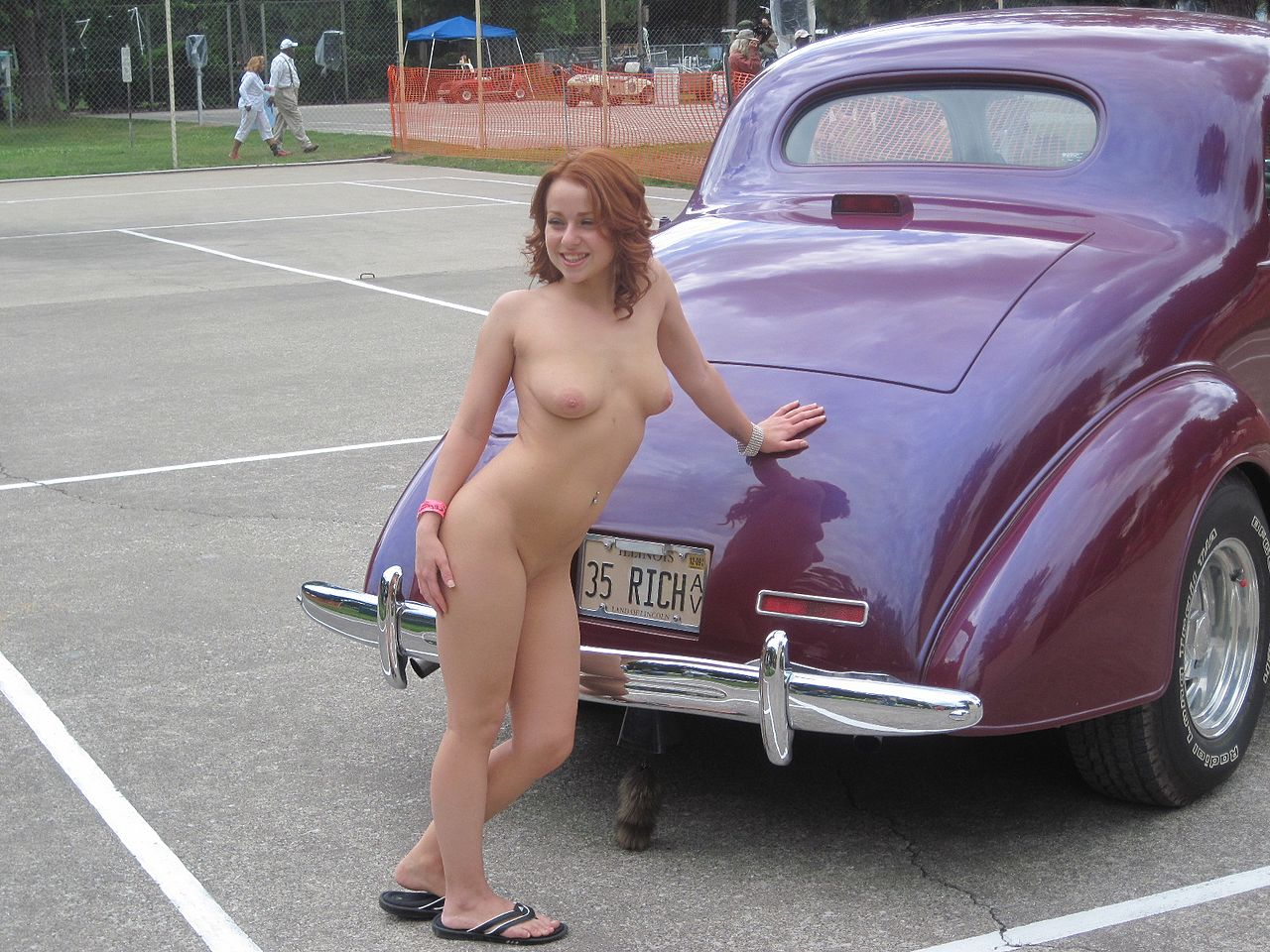 Car And Nacked Woman 9