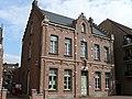 Neogotisch dubbelhuis, pastorie, Sint-Jozefstraat 3, Heist (8300 Knokke-Heist).jpg