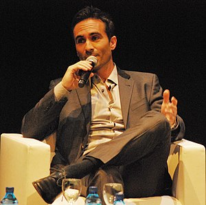 Nestor Carbonell - Carbonell promoting Lost in 2010