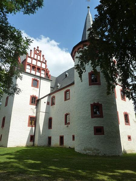 File:Netzschkau castle.JPG