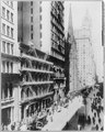 New York City- American Express Bldg. & Broadway north LCCN2003677495.tif