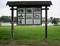 Niederdollendorf Rheinufer Informationstafel Hodges-Brücke.jpg