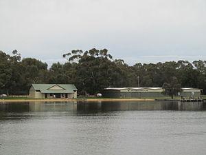 OIC bayswater rowing club from bridge 2.jpg
