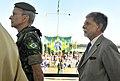 O comandante do Exército, general Enzo Peri, e o ministro da Defesa, Celso Amorim, acompanham a posse do novo comandante militar do Planalto (7697850392).jpg