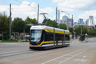 Dallas Streetcar - A streetcar in the Oak Cliff area in 2016