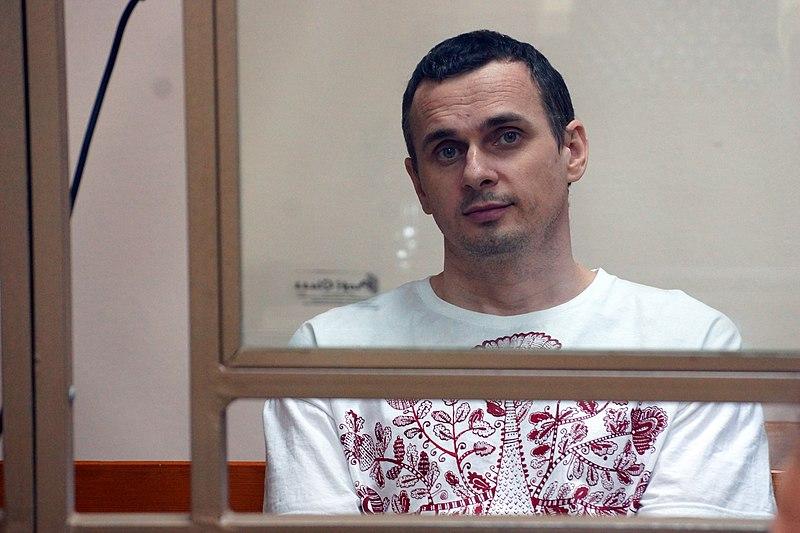 File:Oleg Sentsov, Ukrainian political prisoner in Russia, 2015.JPG