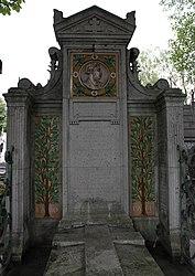 Tomb of Jules Loebnitz and Robert Le Besnerais