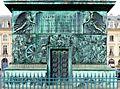 P1040410 Paris Ier colonne Vendôme socle rwk.JPG