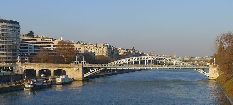 Fichier:P1080355 Paris XVI Port de Passy au pont Rouelle rwk.jpg