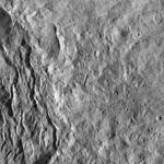 PIA20667-Ceres-DwarfPlanet-Dawn-4thMapOrbit-LAMO-image87-20160322.jpg