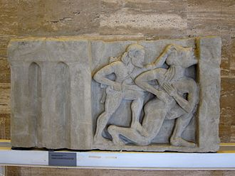 Alcyoneus - Heracles and Alcyoneus, metope from the first Heraion at Foce del Sele
