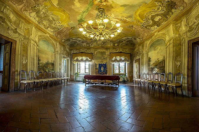 Palazzo Luzzago, Salone di rappresentanza.jpg