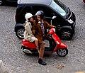 Paris. Valeria Bruni-Tedeschi et Louis Garrel sur la Place de la Concorde. 2012-06-06.jpg