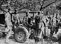 Partizani Prešernove brigade se učijo uporabljati avtomatski top 20 mm.jpg