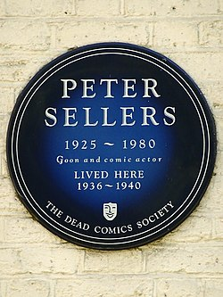Photo of Peter Sellers blue plaque